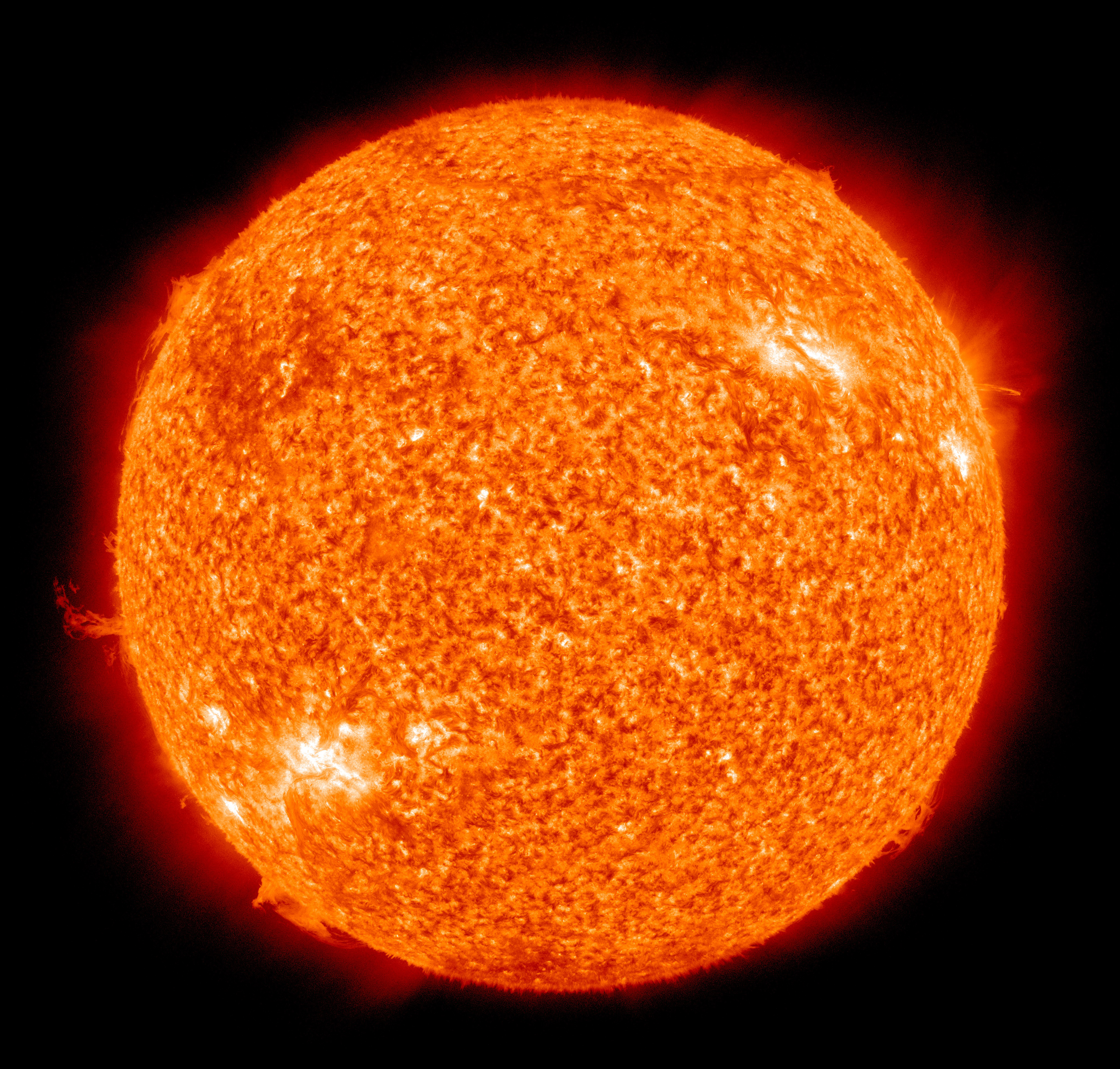 The Sun photographed by the Atmospheric Imaging Assembly of NASA's Solar Dynamics Observatory.